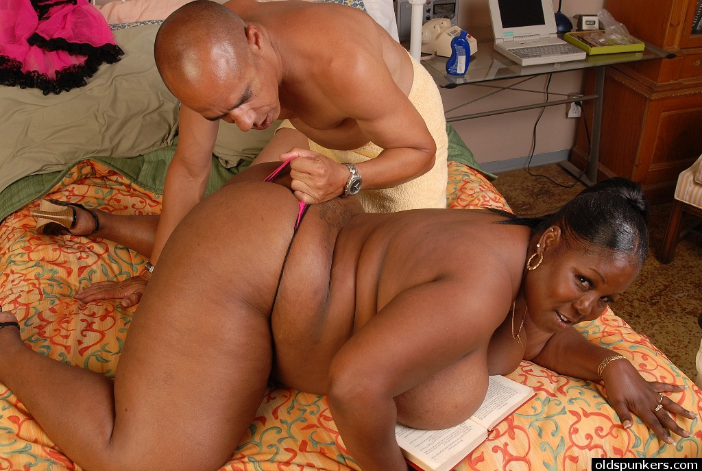 bbw breast black - ... Obese black woman Subrina rubbing cumshot into huge black boobs ...