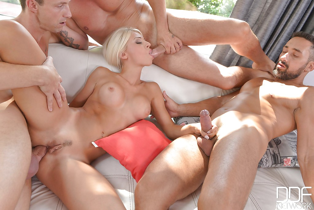 Beauty blonde anal
