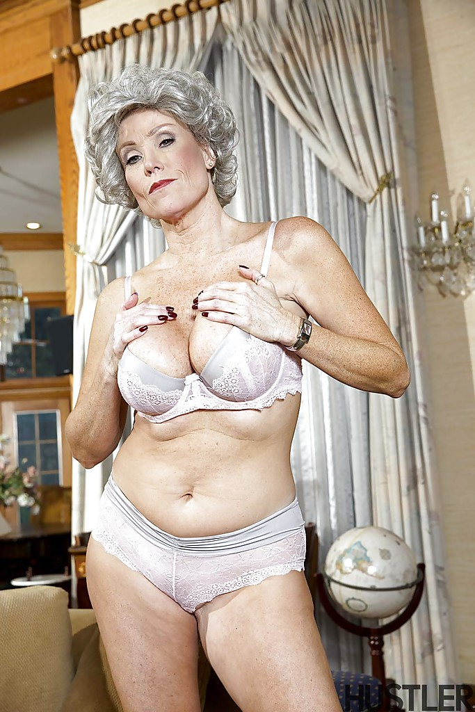 Mature And Granny Pornstars 90