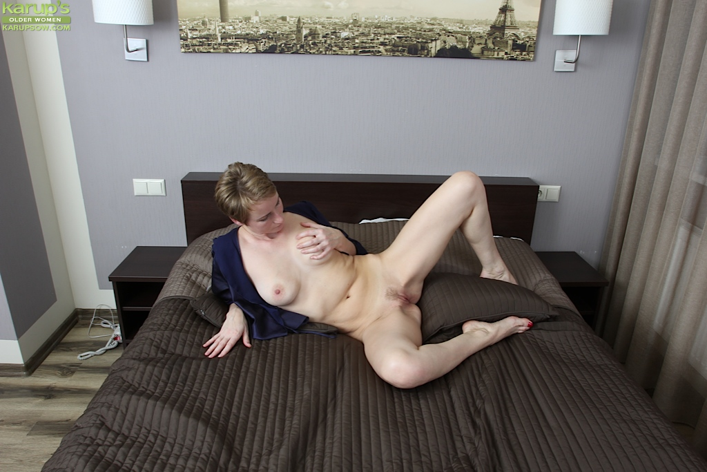 Wifes naked picture video