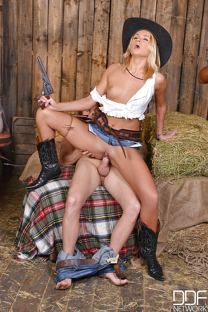 girls getting fucked Afarm