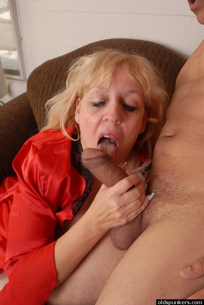 Big tites gang mature suck cock