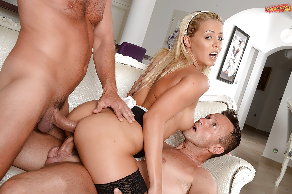 blond muscular hotty drilling ass