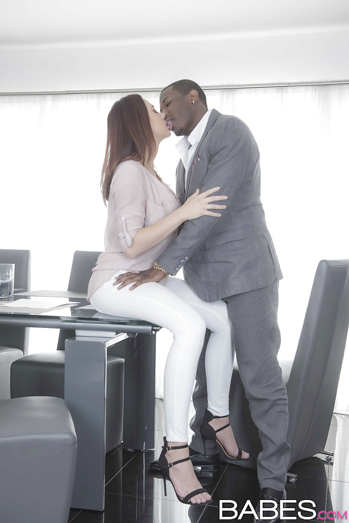 Interracial Hookup Black Woman White Man