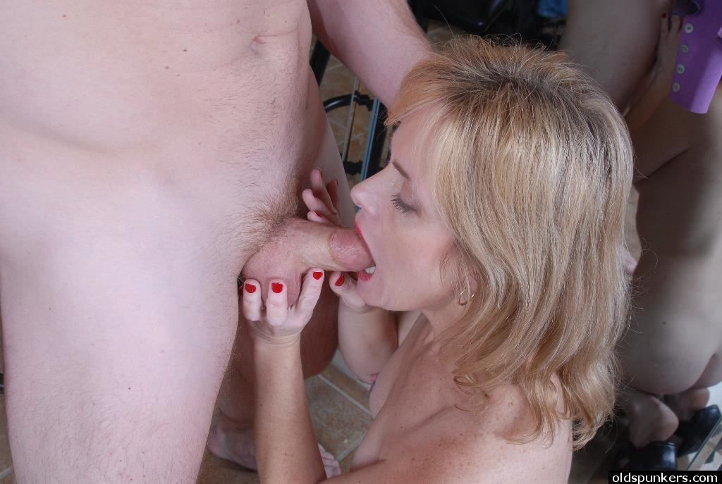 Mom spread fuck movies, patriciaheatonnaked