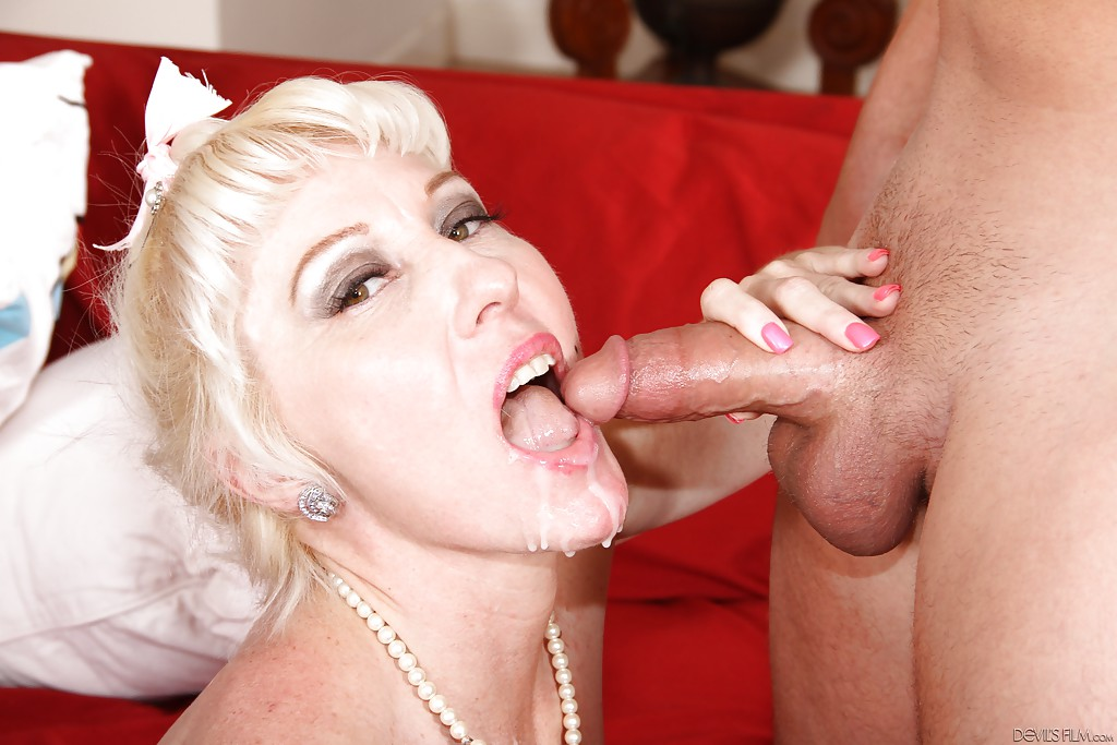 What a blowjob cum in mouth mamada y me corro en la boca - 3 part 9