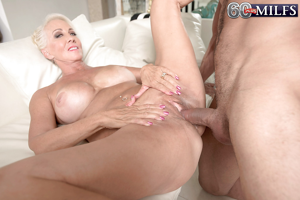 Mature anal something