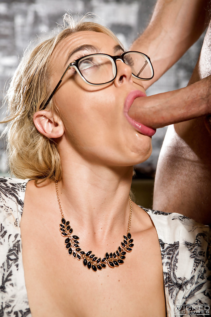Blowjob Mit Brille