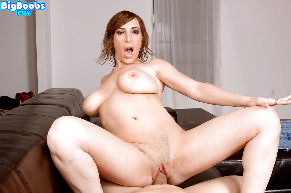 Moms fucking big cocks