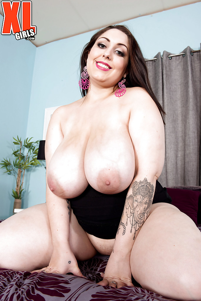Solo bbw pussy more??