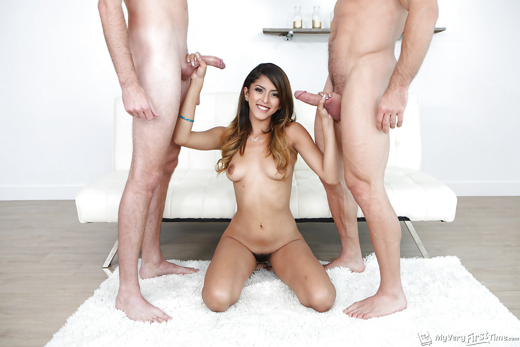 Amateur Homemade Mmf Threesome