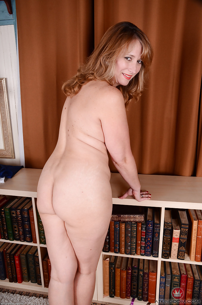 Naked chunky pussy, woman lingerie bent over