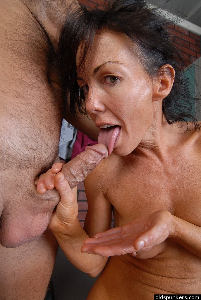 Meile needs cock mature brunette