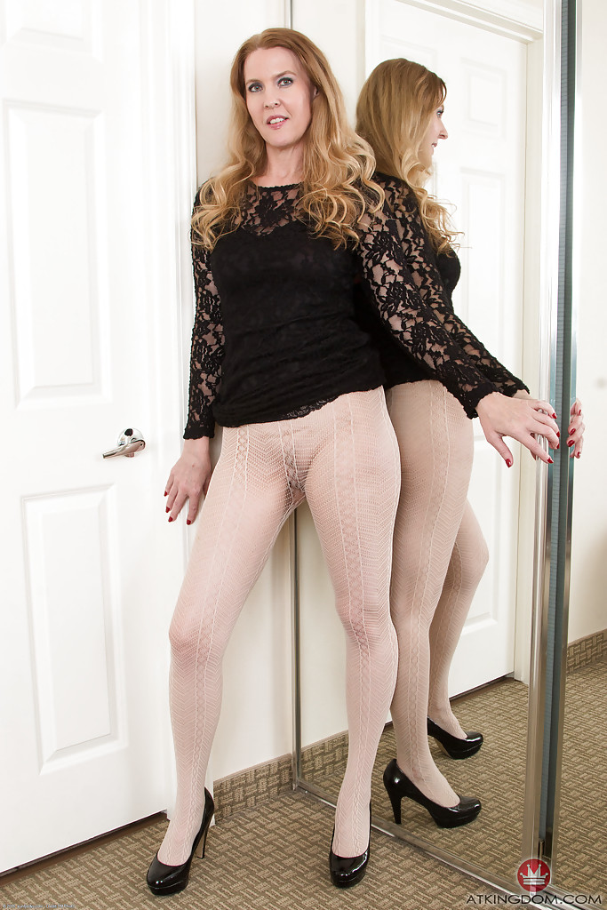 the-search-mature-pantyhose-from-our-tappan-gas-stove