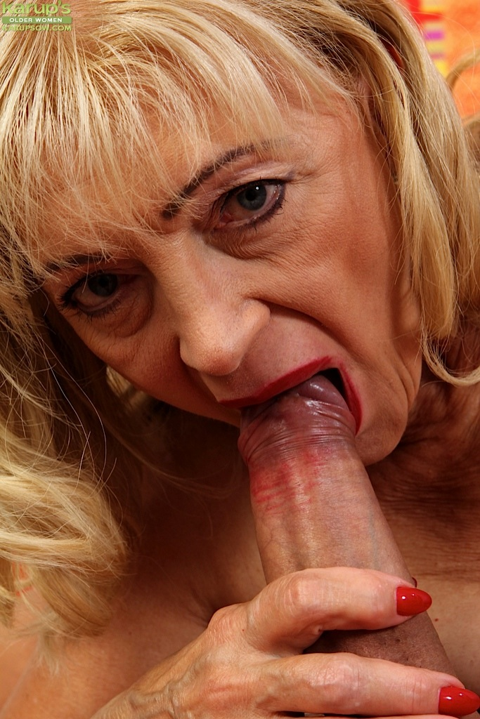 Sex awesome granny blowing fat cock queen porno