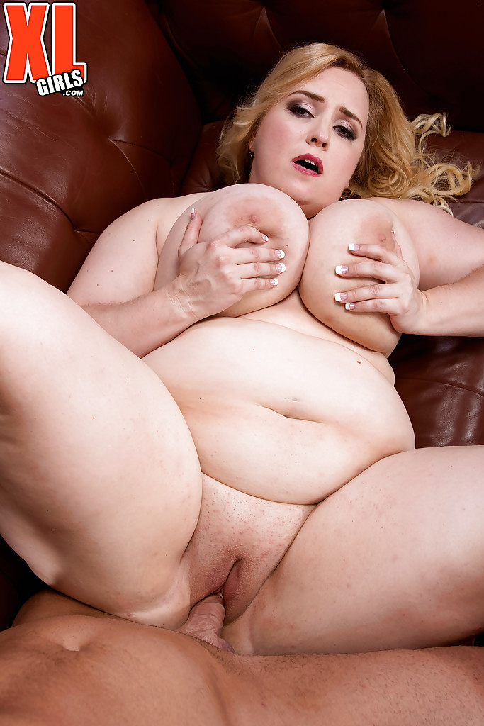 fat women doing anal