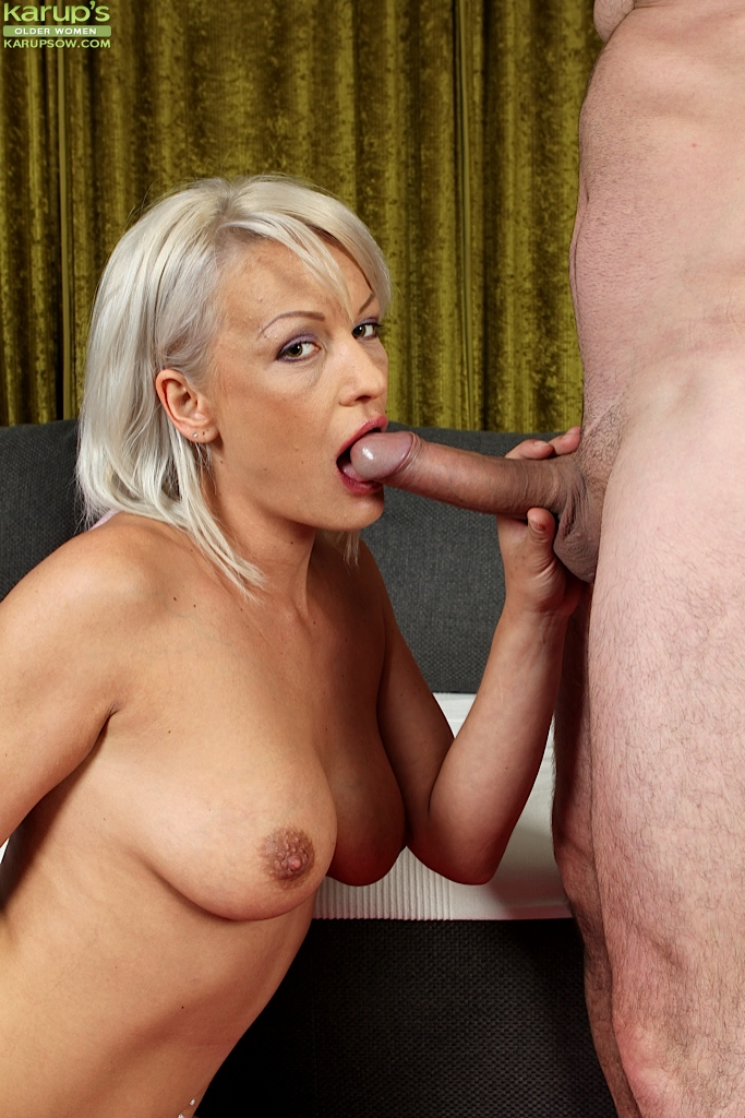 Morrocan deepthroat mature woman