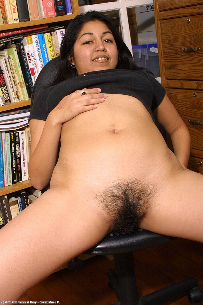 Gallery hairy latina #1