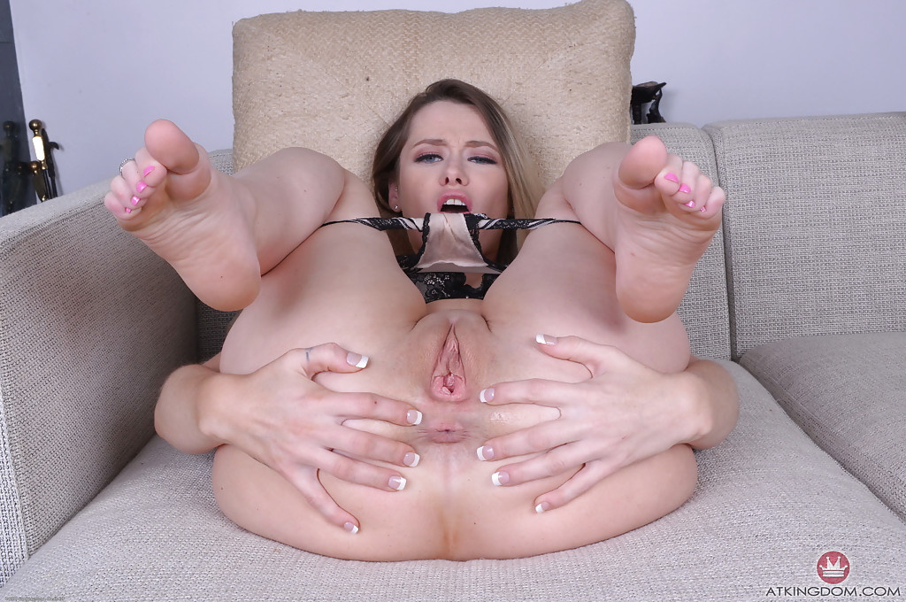 Hot asian strips and seduces