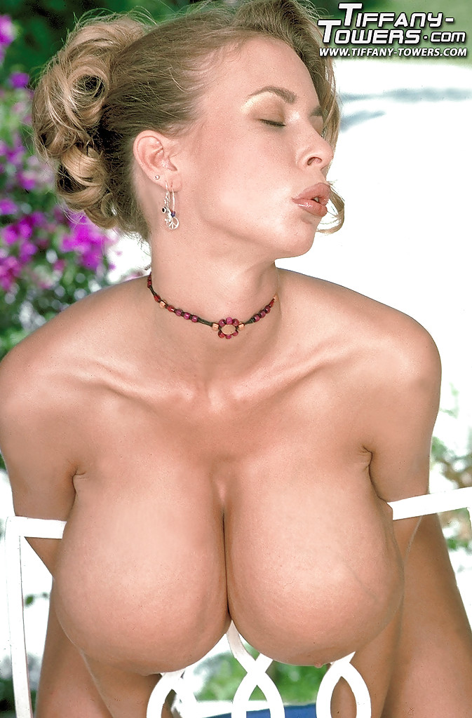 best monster boobs - ... Top MILF babe Tiffany Towers flaunting monster tits in high heels  outdoors ...