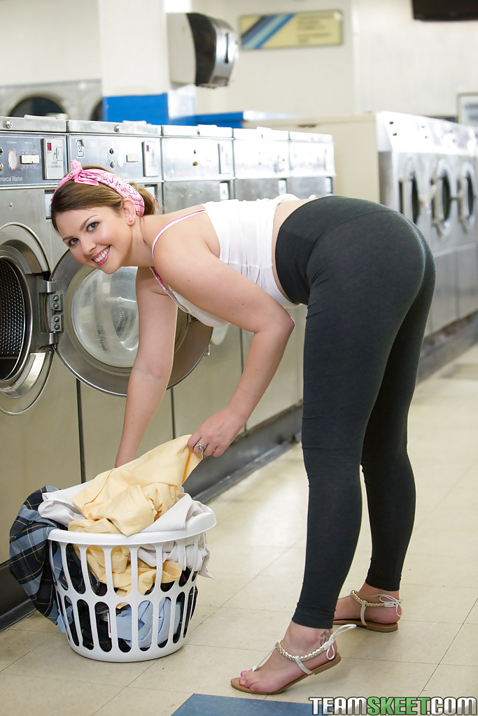 Hairy pussy washer - 3 2