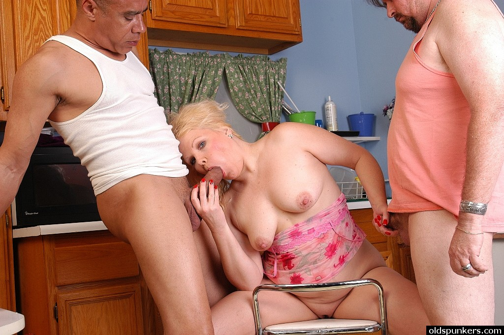 fat blonde interracial - ... Mature blonde with fat ass enjoying interracial sex in MMF threesome ...
