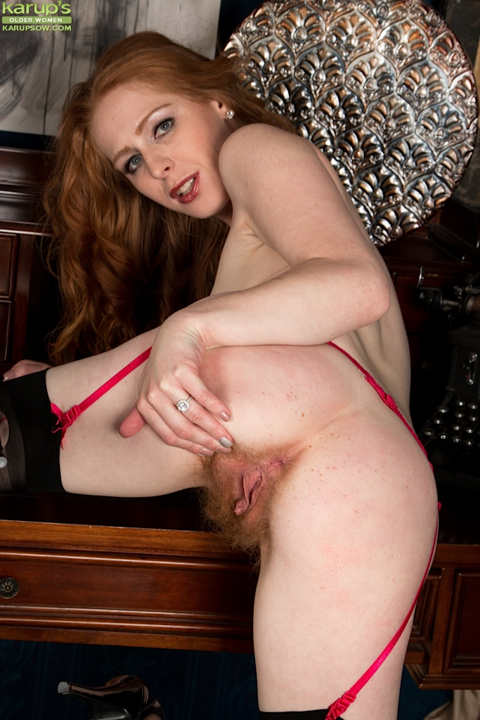 Skinny hairy old redhead that would