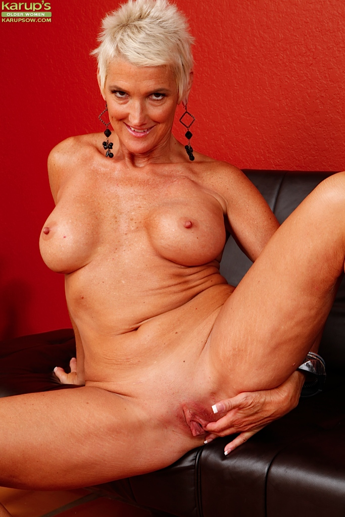 Red haired milf fuck