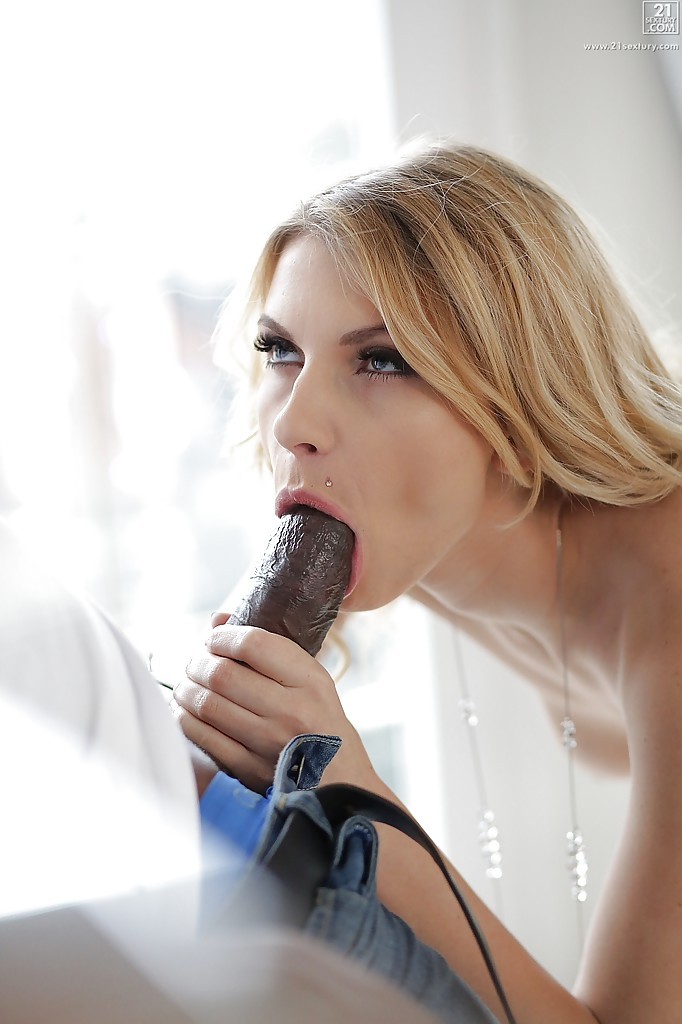 Question Girl gives blowjob to microphone nice