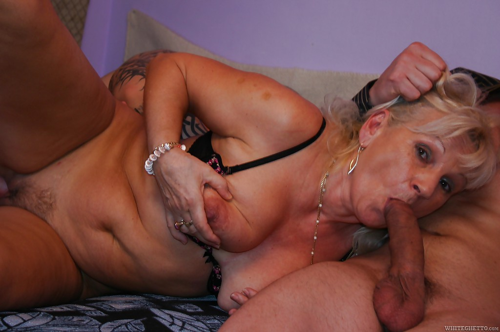 Mom massage porno
