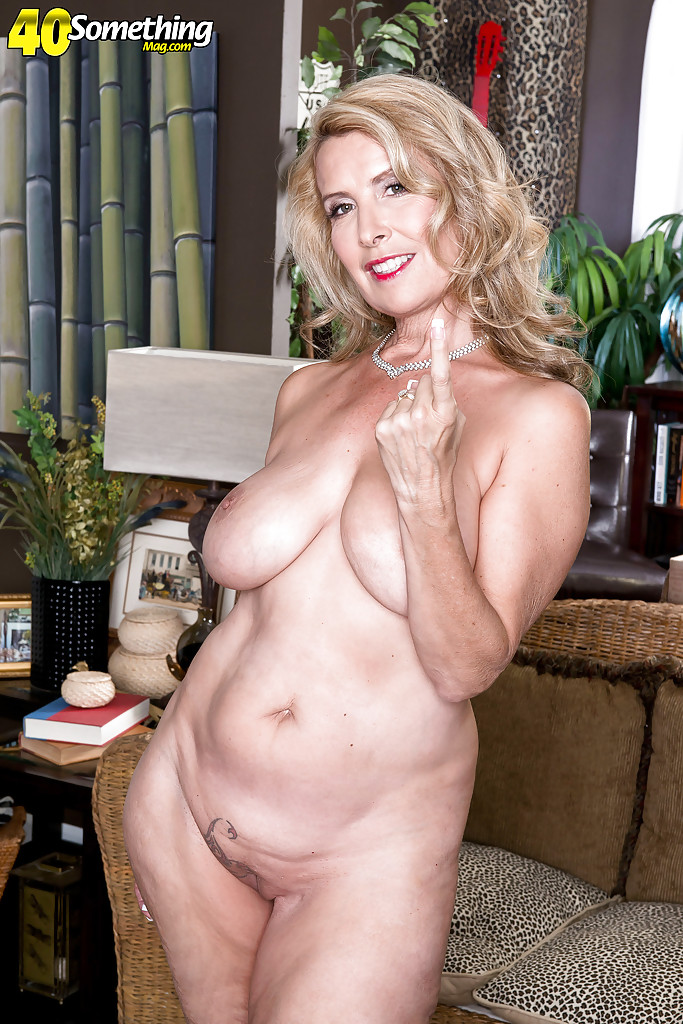 Babe shave 40 milf have