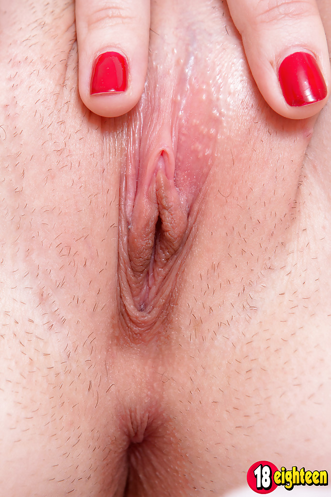 Photo porn wet young small