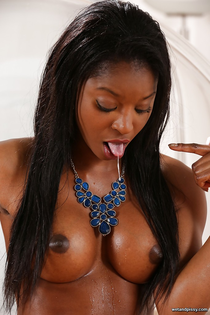 Ebony women midget deepthroat