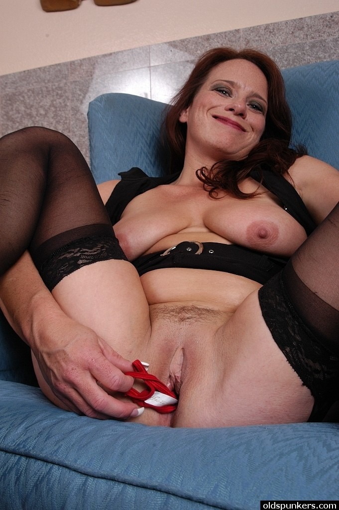 for mature pantyhose saggy tits