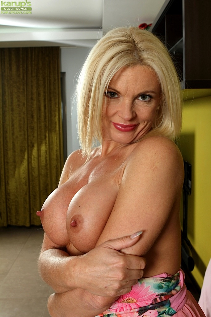 Mature tits erect nipples
