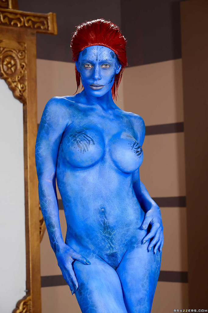Body paint fetish apologise