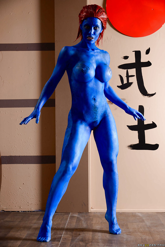 Paint cosplay body