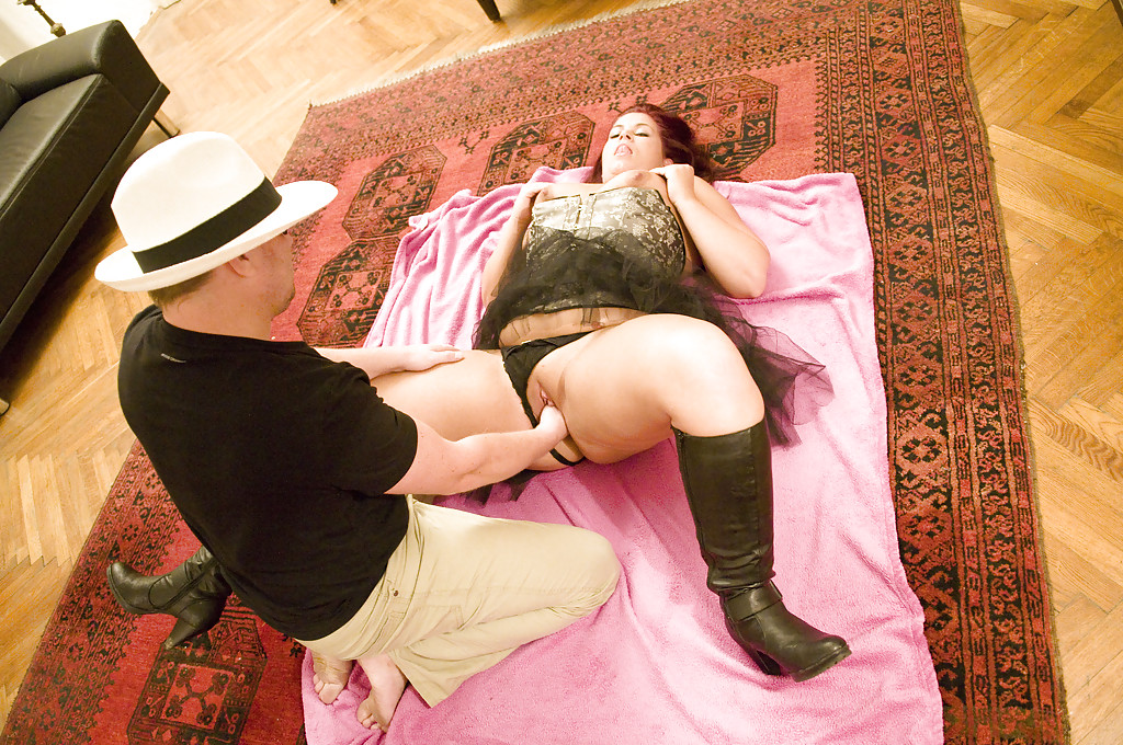 Bbw sex with boots on