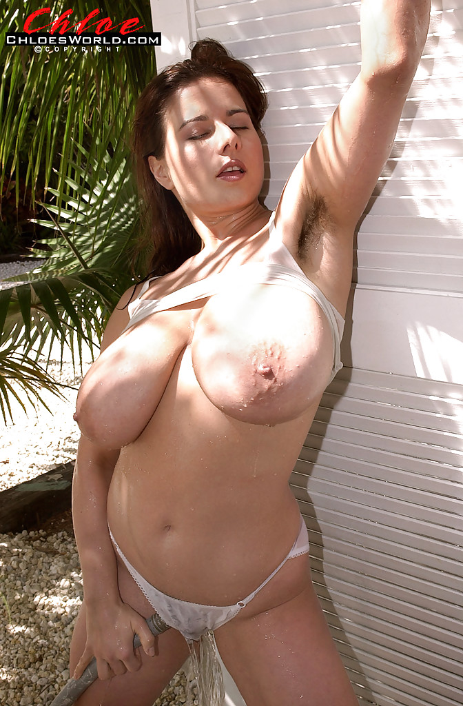 Chloe vevrier tits photo can