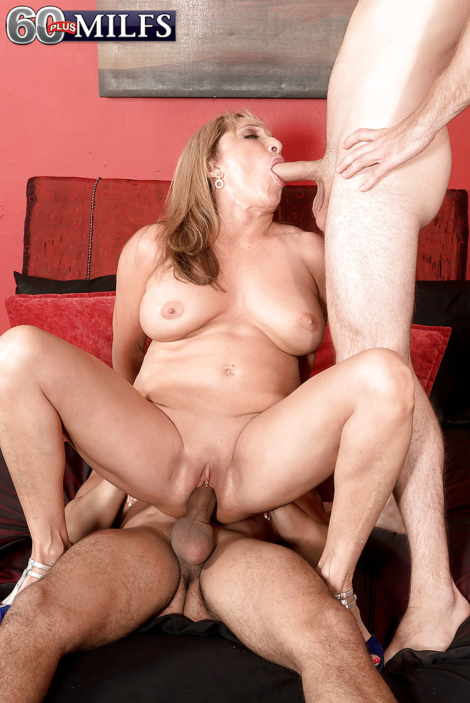 Anal mature mexican mama gets butt fucked - 1 part 6