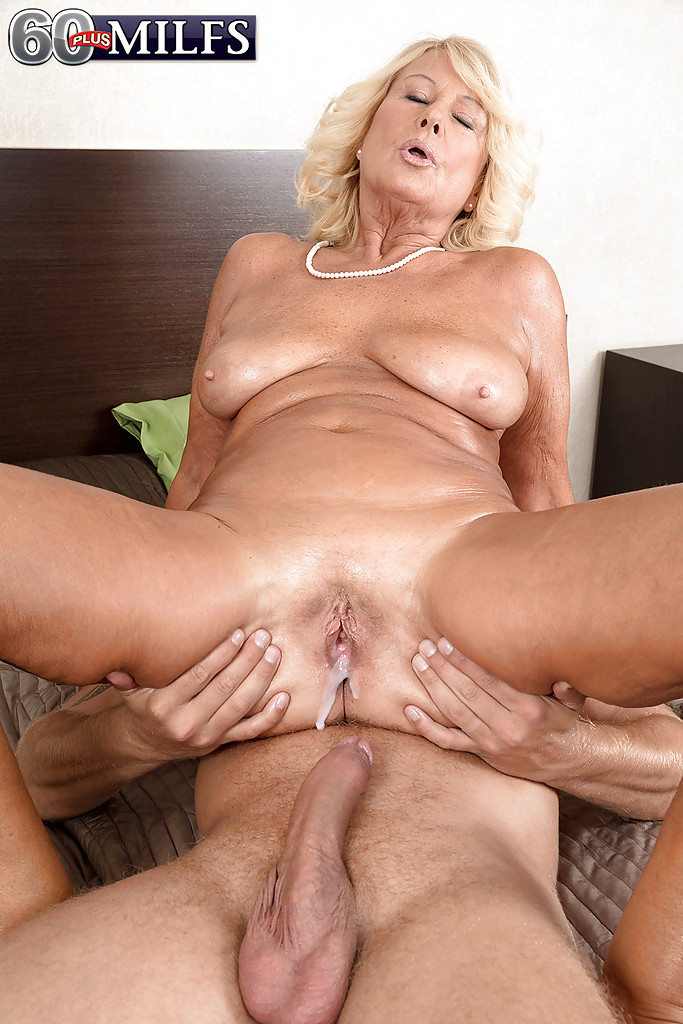 Granny porn mp nude massage fuck opinion