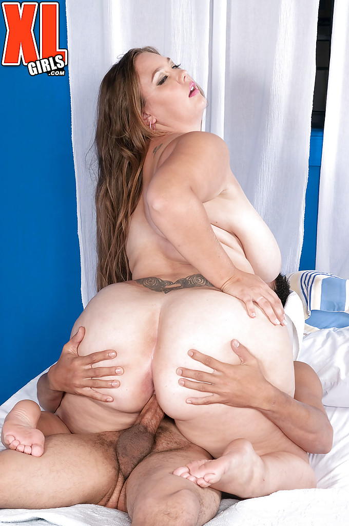 Chubby Mom Analee Sands Taking Hardcore Fucking Of Beaver And Huge Boobs