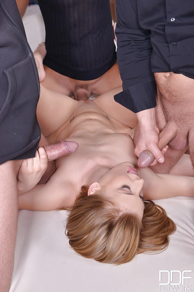 fffm blonde swinger tgp