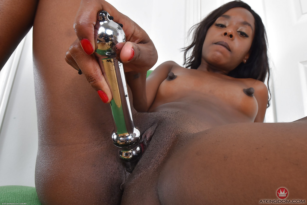 Ebony with shaved pussy masturbating photo 504
