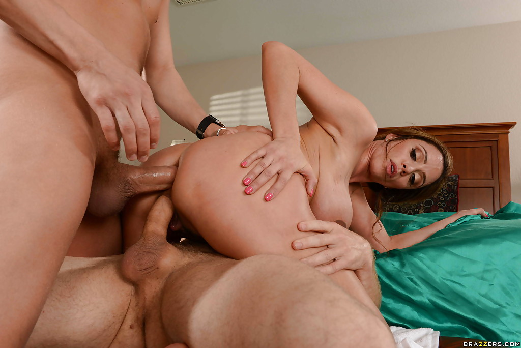 Cheating Latina Milf Dp