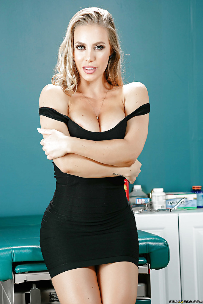 Picture of nicole aniston