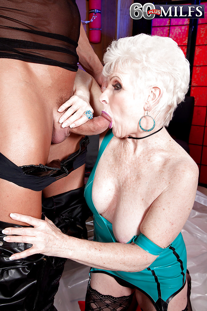 Grandma loves bondage sex