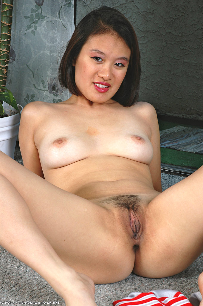 Round big booty nude asian