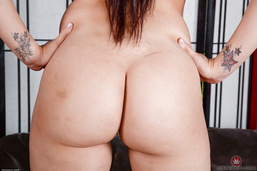 Naked milfs gallery