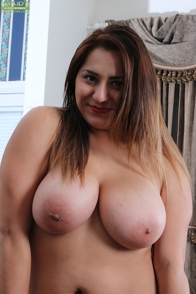 very smart pictures of triple penetration curvy female